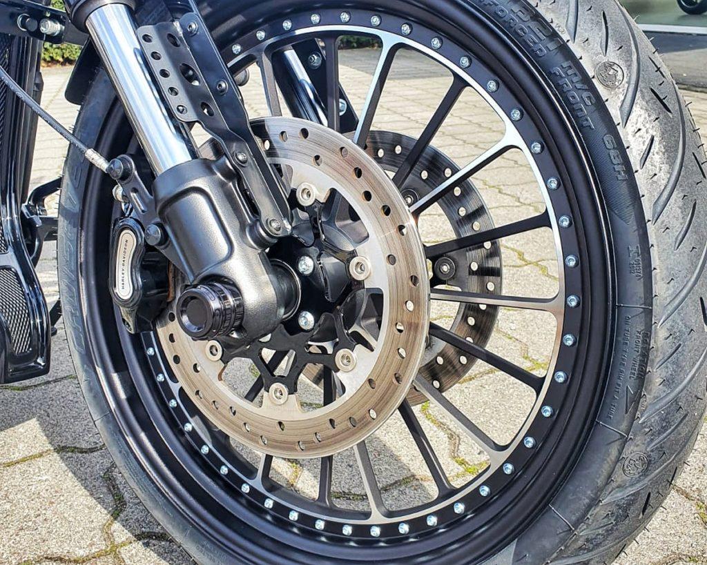 Harley-Davidson FXDR Umbau 2021 - Vorderrad